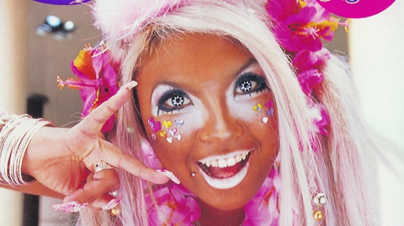 Full accessorized Ganguro